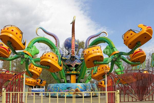 Парк атракционов на «Даманском» острове