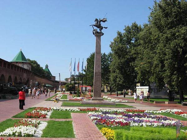 Памятник защитникам Родины в Великой Отечественной войне